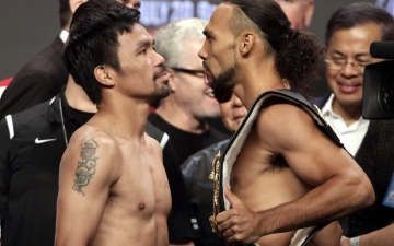 Photo: Pacquiao, Thurman face off at weigh-in