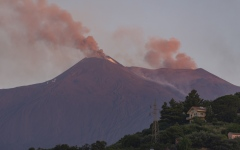 Photo: Italy's Etna volcano erupts on Sicily, closing two airports
