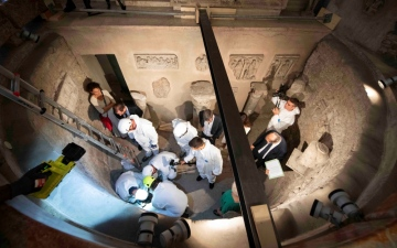 Photo: Vatican opens burial chambers in hunt for princesses and missing teen