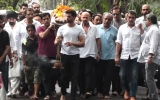 Photo: Hrithik Roshan's grandfather's funeral
