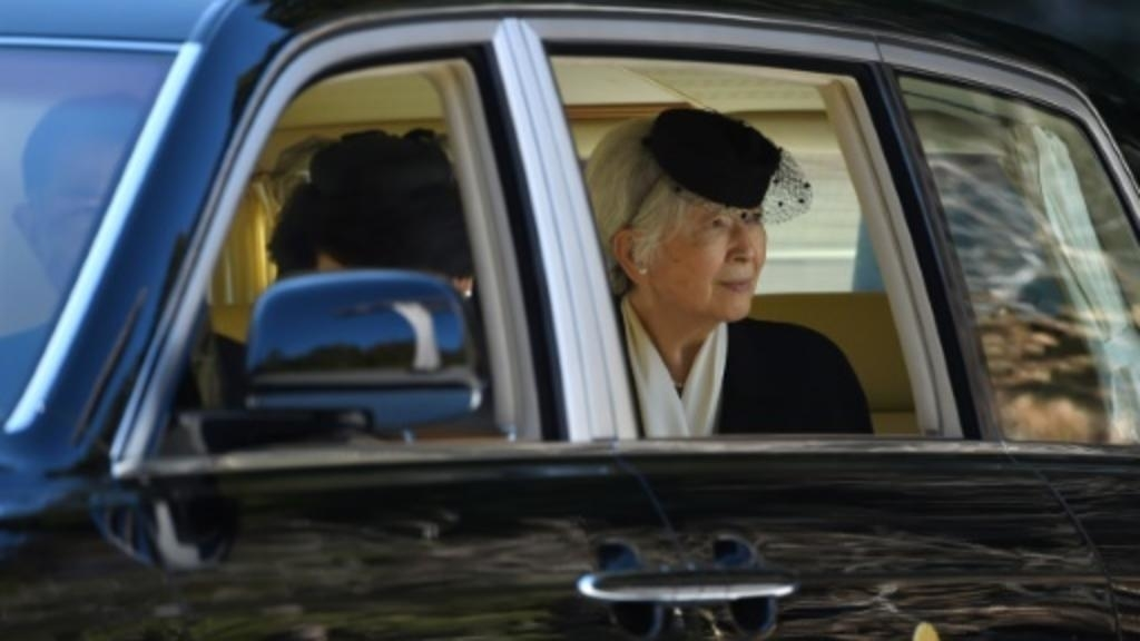 Former Empress Michiko to have surgery for early-stage breast cancer