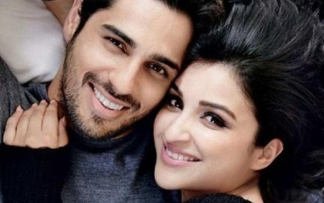 Photo: What Sidharth learnt from Parineeti!