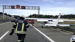 Photo: Small plane makes emergency highway landing in Croatia