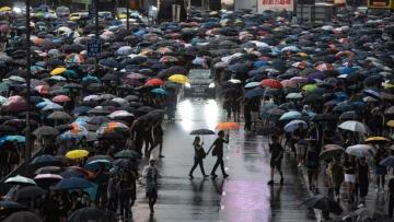 Photo: China lashes out at Taiwan over Hong Kong asylum offer