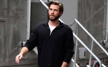 Photo: Liam Hemsworth moving home to Australia?