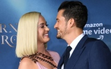 "Photo: Katy Perry and Orlando Bloom at LA premiere of Amazon's ""Carnival Row"""
