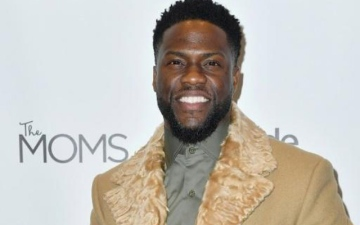 Photo: Kevin Hart gets discharged from hospital