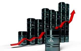 Photo: Oil prices surge as attack on Saudi facility disrupts output