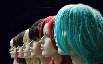 Photo: Thieves steal $80,000 in wigs from South Florida warehouse