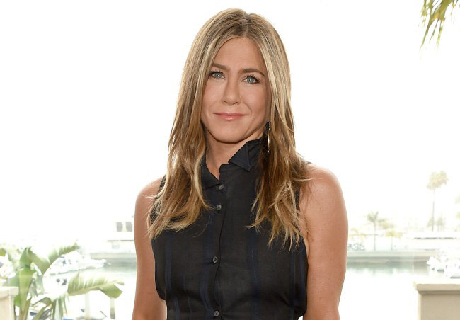Jennifer Aniston too 'busy' to date