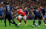 Photo: Portuguese champion Benfica beat Lyon after goalkeeper blunder