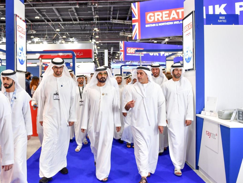 Photo: Mohammed bin Rashid visits ADIPEC 2019