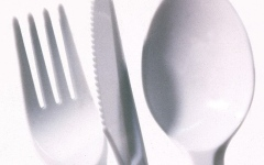 Photo: Plastic utensils could be poisonous