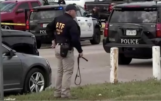 Photo: Gunman among two dead in Texas church shooting