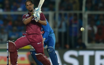 Photo: Simmons blasts 10 sixes as Windies rout Ireland to level T20 series