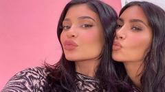 Photo: KUWTK: Kim Kardashian West mocks Kylie Jenner's make-up