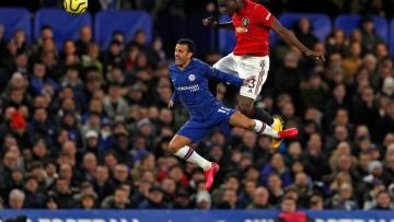 Photo: Fashanu honoured as United fans shamed