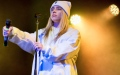 Photo: Billie Eilish delivers body shaming message at Miami concert