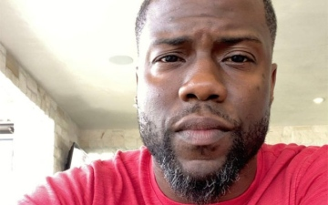 Photo: Kevin Hart 'frequently dyes' grey hair