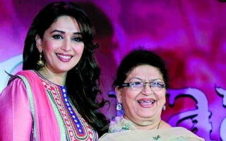 Photo: Madhuri's Saroj Khan no more!
