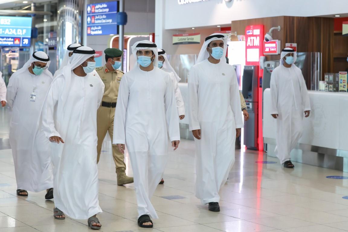 Photo: Hamdan bin Mohammed reviews preparations and protocols at Dubai Airport