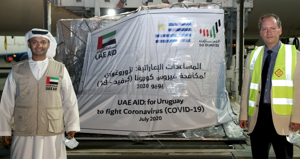 Photo: UAE sends medical aid to Uruguay in fight against COVID-19