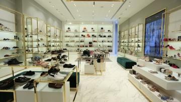 Photo: Dubai Summer Surprises: VAT FREE savings on big apparel brands all week!