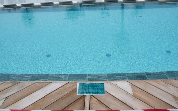 Photo: Swimming pool shut down in Dubai for violating COVID-19 safety protocols